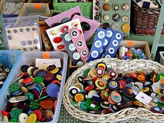 Buttons - I'd love to have this many!
