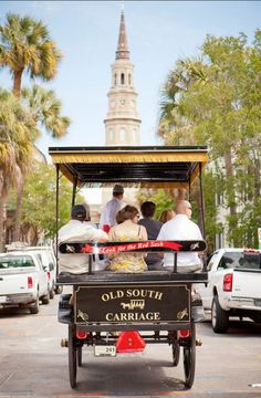 The Charleston Area Wedding Guide : Old South Carriage Co.