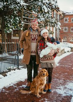 New Travel Outfit Ideas Fall Hats Ideas Christmas Tree Farm, Family Christmas, Merry Christmas, Christmas Card With Dog, Cosy Christmas, Christmas Crafts, Sarah Vickers, Fall Travel Outfit, Family Photos
