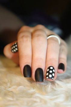 20 Majestic Black and White Nail Art DesignsLadies' nails have forever been a crucial dimension of beauty and fashion. There area unit as many ways you'll do your nails because the stars within the Majestic Black and White Nail Art Designs For Dot Nail Art, Polka Dot Nails, Polka Dots, Simple Nail Art Designs, Nail Polish Designs, Nails Design, White Nail Polish, White Nails, Black Nails