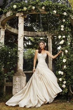 The new country garden-inspired bridal collection from Sophia Tolli