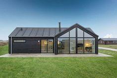 Maison scandinave qui allie les influences du design contemporain avec l'élégance scandinave intemporel permet de bénéficier d'un charme sans prétention.