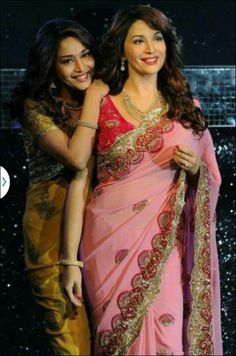 Beautiful Bollywood Actress Madhuri Dixit with her wax statue at Madame Tussauds, London Bollywood Stars, Bollywood Dress, Famous Celebrities, Bollywood Celebrities, Celebs, Madame Tussauds, Madhuri Dixit, Wax Statue, Beautiful Bollywood Actress