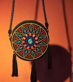 Замшевая этно сумка. Сумки в этно стиле ручной работы. Женские летние сумки из замши с вышивкой.