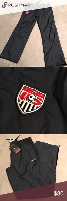66ce9e061 Women s Nike USA Soccer Sweatpants Never been worn