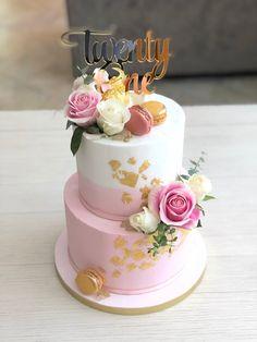 Pink and gold buttercream birthday cake Monkey Birthday Cakes, 21st Birthday Cake For Girls, Girly Birthday Cakes, Number Birthday Cakes, 15th Birthday Cakes, 21st Cake, Beautiful Birthday Cakes, 10 Birthday, Beautiful Cakes