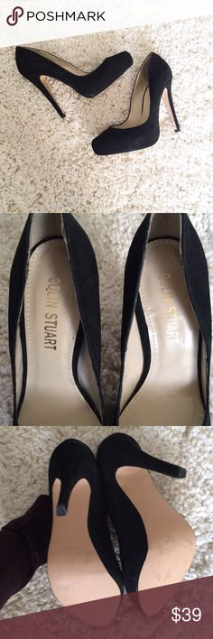 COLIN STUART Black Pumps heels These shoes have only been worn in the house to see if they were a good fit and are sadly too big. Size 6M. Colin Stuart from Victoria's Secret. Black suede like material. Colin Stuart Shoes Heels