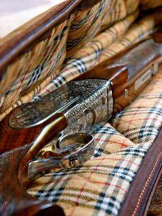 Stunning Shotgun and case