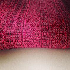 The limited, limited edition Indio Pink. It's so squishy! #organicwraps #pinkwraps #indiopink #pinkandblack #didylove #didymos_baby #didymos #indiolove #littlezenone #babywearing #babyfashion
