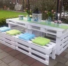 White pallet patio set ❤️