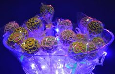 Neon Party Idea Supplies Ideas Planning Cake Tween Glow In The Dark Sweet 16 Party Decorations, Fun Party Themes, Party Ideas, Neon Party, Disco Party, Neon Cupcakes, 18th Birthday Party, Birthday Ideas, Blacklight Party