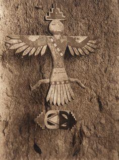 A ZuÐi house shrine (The North American Indian, v. XVII. Norwood, MA, The Plimpton Press, 1926)