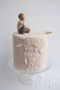 First Communion cake - just beautiful.