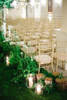 secret garden indoor wedding arch ideas / http://www.deerpearlflowers.com/greenery-fern-wedding-ideas/