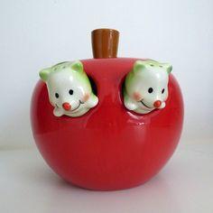 Vintage Kitsch Apple Worms Salt Pepper Shakers