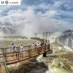 """Fotografía por: @u.santy """"Despidiéndome de esta Maravilla Natural, aquí el sendero que se toma para poder tener una vista mas cercana de las Cataratas de Iguazu!  #Iguacu #Iguazu #Brasil  #Argentina  """" #cataratasarg  #IguazzuFalls #IguassuNationalPark #FozdoIguaçu #GoPro #instagram  #picoftheday"""