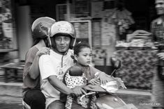Driving a motorbike can be scary, especially in Bali! But sometimes, you just don't have the choice. Scooter is the best way to enjoy Bali, particularly in places with narrow streets such as Kuta or Seminyak. If you are a small group, without toddlers, and you want to discover the area without having to take a driver, renting scooters is ideal. But beware! Bali's roads can be a bit chaotic, and...