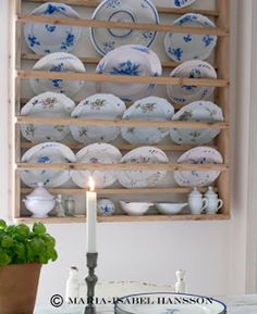 Beautiful and simple! Love the colors. Danish Style, Swedish Style, Swedish House, Plate Shelves, Plate Racks, Wooden Plates, Decorative Plates, Blue China Cabinet, Tricia Guild