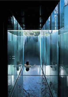 The bath at the all glass Les Cols Pavilions