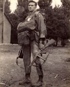 A soldier of the 82nd Airborne with his M1A1 Thompson submachine gun fitted with a 30-round magazine