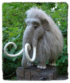 Handmade baby mammoth Felt mammoth toy Cute mammoth figure Vintage mammoth doll Natural wool Felted animals Collectible wool doll