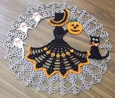 Beggers night ball doily