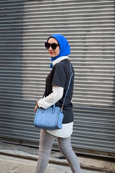 A Day In The Lalz, Fashion Blogger, The Home T, Casual Look, Urban Expressions Skyler Bag. Spring Look, Hijabi Style. Streetstyle, Karen Walker Number One Sunglasses, White Converse, Jeans and Tee Look