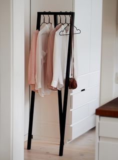 Clothing rack | Viena's home | photo: Pupulandia