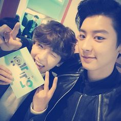 Baekhyun and Chanyeol | 141109 real__pcy Instagram Update