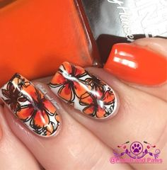 Polish and Paws: Nail Art ~ Sally Hansen Triple Shine Taheati
