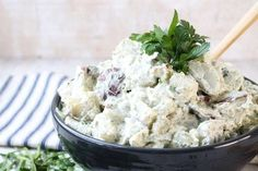 Creamy Dill Potato Salad is a classic side dish for summer cookouts, potlucks and holiday dinners. Less than ingredients! Potato Salad Dill, Dill Potatoes, Dill Dressing, Holiday Dinner, Greek Recipes, Feta, Salads, Food And Drink, Cooking Recipes