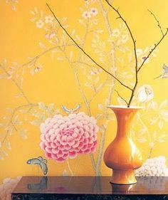 bright yellow #chinoiserie wallpaper big  impact for a small space