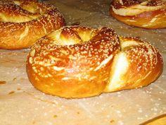 Alton Brown's soft pretzels