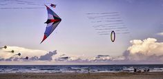 Average winds 14 mph year round! Kite flying & Kite surfing enthusiasts' dream vacation. #visitsouthpadreisland #southpadreisland www.sopadre.com South Padre Island Beach, Kite Flying, Dream Vacations, Surfing, Water, Travel, Parents, Gripe Water, Viajes