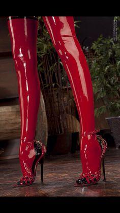 red latex legs in heels High Heel Boots, High Heel Pumps, Heeled Boots, Fetish Fashion, Latex Fashion, Sexy Boots, Sexy Heels, Ballerinas, Latex Boots