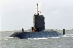 The Royal Canadian Navy, also known as RCN has commenced on a planned project meant to extend the lifespan of its existing four Victoria-class submarine fleet by years. Royal Canadian Navy, Royal Navy, Us Navy, Pearl Harbor, Utility Boat, Cabin Cruiser, Navy Ships, Small Boats, Boat Plans