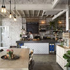 Restaurant interior decor, design and styling series Cafe Bar, Cafe Shop, Deco Cafe, Mein Café, Coffee Shop Design, Rustic Coffee Shop, Bistro Design, Rustic Cafe, Coffee Shops