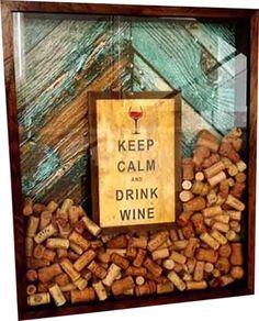 Quadro decorativo <br> <br>capacidade 800 rolhas <br> <br>adesivo vinil <br> <br>vidro na frente <br> <br>PRAZO 20 DIAS Wine Cork Holder, Wine Cork Art, Wine Cork Crafts, Wine Corks, Home Bar Sets, Whisky Bar, College Dorm Decorations, Keep Calm And Drink, Home Garden Design