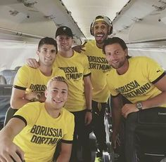 Felix Passlack, Christian Pulisic, André Schürrle, Aubameyang and Roman Weidenfeller World Cup Games, Christian Pulisic, Love Me Like, Soccer Players, Carpe Diem, Equality, Superstar, Passion, People