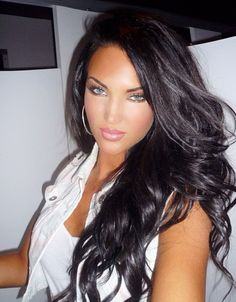Long Black Hair - Loose Curls - Blue Eyes - Makeup - I wish my lips were that full! ❤