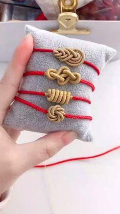 Diy Bracelets Patterns, Diy Friendship Bracelets Patterns, Diy Bracelets Easy, Handmade Bracelets, Rope Crafts, Diy Crafts Jewelry, Bracelet Crafts, Jewelry Knots, Fabric Jewelry