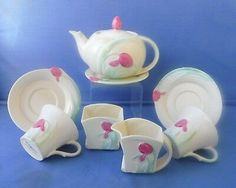 Gorgeous Carlton Ware Art Deco ~Tulip~ Tea for Two Set Green China, Toast Rack, China Bowl, Carlton Ware, Coffee Set, Tea Set, Valentine Gifts, Tulips, Art Deco