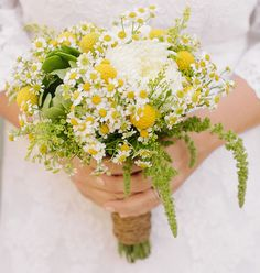 Yellow and white bouquet - billy buttons