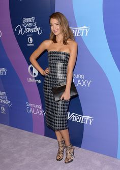 Jessica Alba's Flawless Fashion - Style Crush: Jessica Alba on the Red Carpet- Livingly