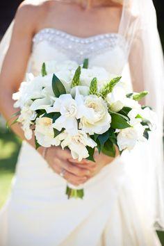 Vibrant green and white #bouquet | Photography: Gabriel Ryan - gabrielryan.net/ Read More: http://www.stylemepretty.com/california-weddings/2014/04/11/modern-wedding-at-montage-laguna-beach/