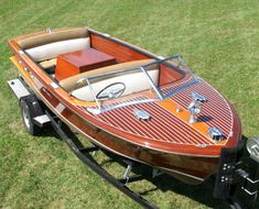 I NEED this boat!!!   18' 1955 Chris Craft Continental