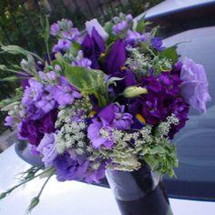 Lisianthus, Stock, iris, Queen Annes Lace, Green Goddess Callas