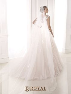 板橋蘿亞手工婚紗 Royal handmade wedding dress 婚紗攝影 購買婚紗 單租婚紗 西班牙 Pronovias BIA