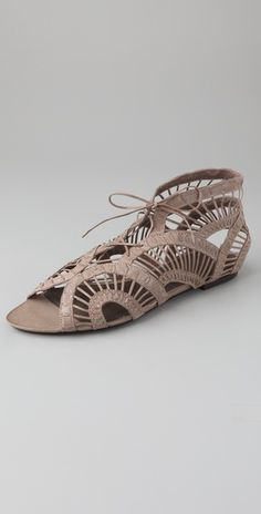 back in stock - Kate Bosworth's sandals - by Joie for another weekend at Cochella
