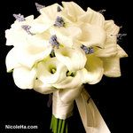 calla lilies and muscari- very unusual and elegant!